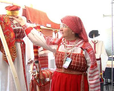 «Многоцветное Прикамье»: праздник традиционных костюмов Пермского края