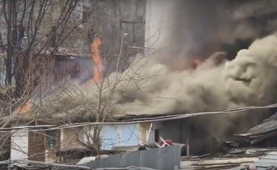 Пожар в районе Центрального рынка потушили