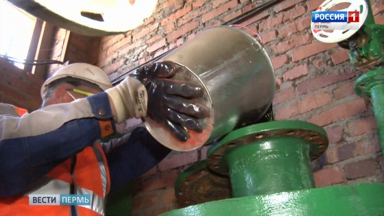 Зелёная вода: специалисты проверяют тепловые сети