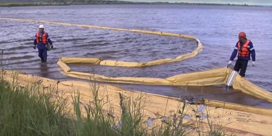 Вероятный разлив нефти в реку - ситуация учебная