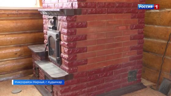Коми-пермяцкий умелец сложил печь, которая хранит тепло до полутора суток