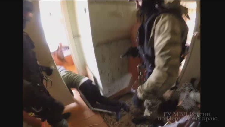 В Березниках полицейские задержали трех наркодилеров