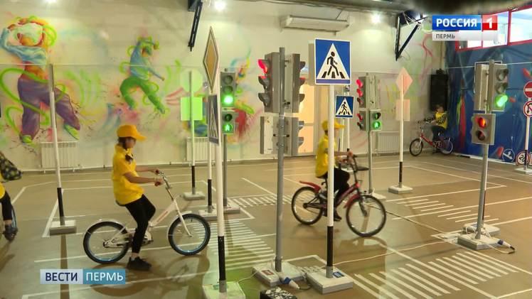 Школьники могут принять участие в онлайн-олимпиаде на знание ПДД