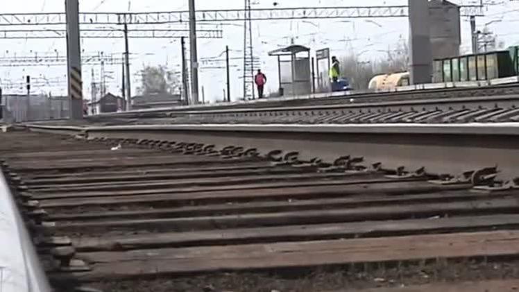 В Пермском крае с рельсов сошёл грузовой поезд