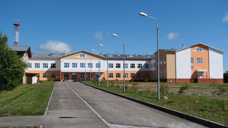 В селе Кочево завершено строительство школы на 400 мест